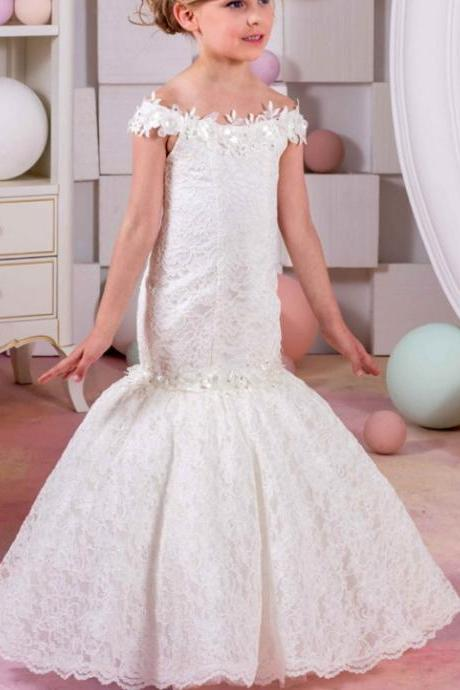 Cute lace off shoulder lace up back floor length 2017 cheap flower girl dress with appliques